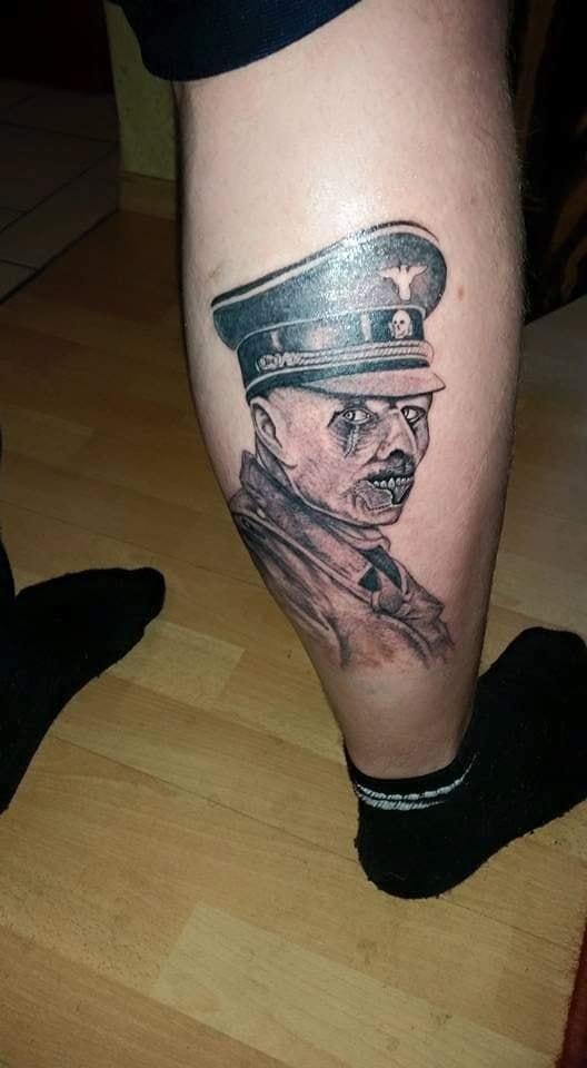 Tattoo model weiblich